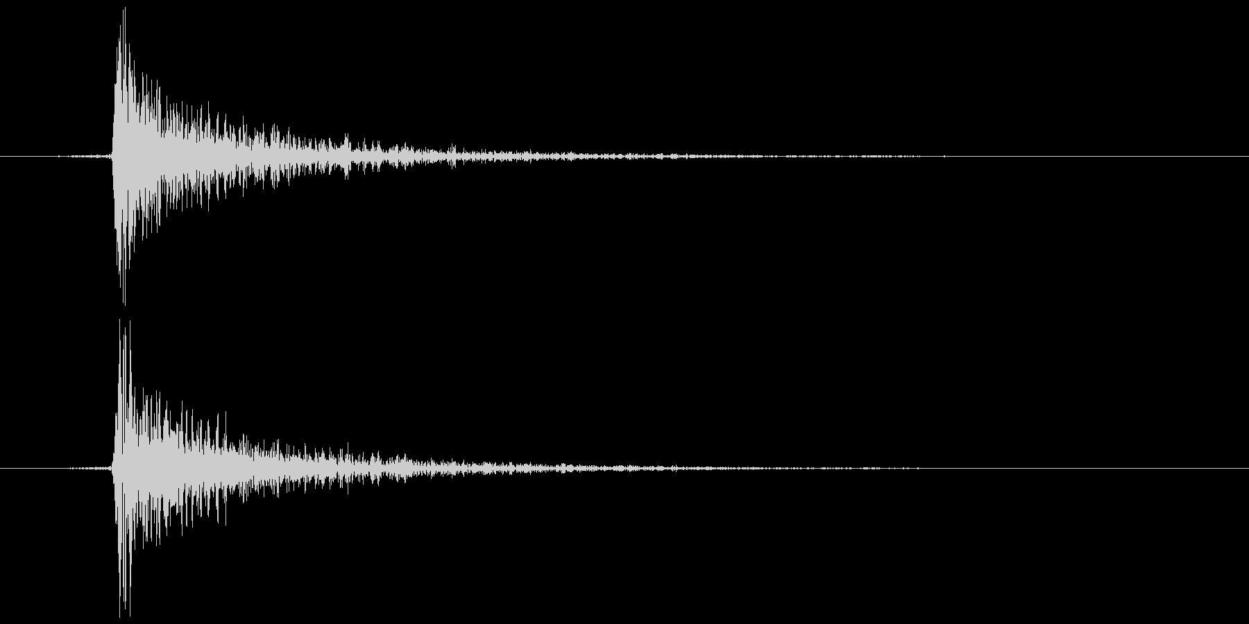 鍵をかける 施錠解錠C カンッの未再生の波形