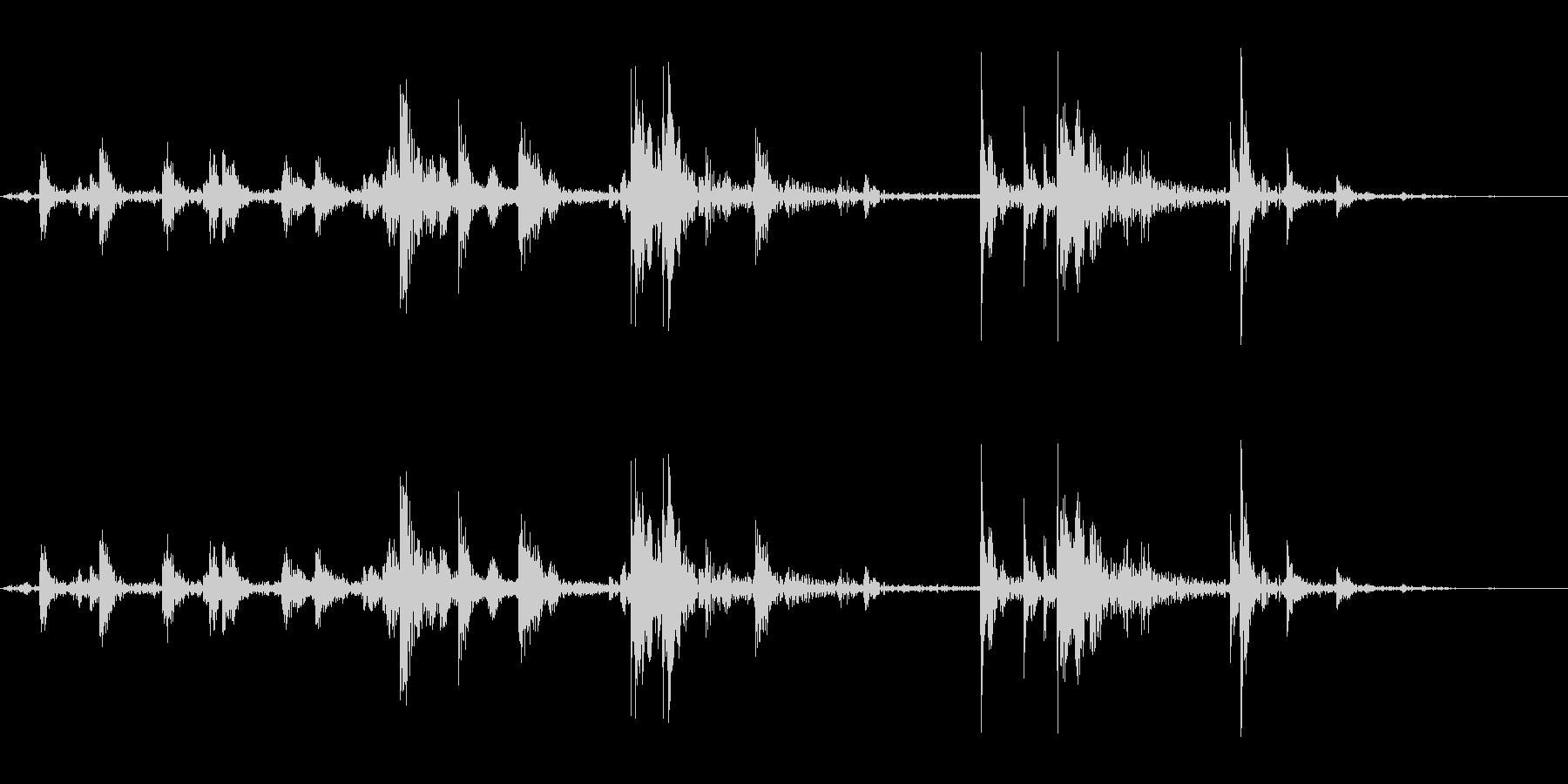 氷を入れる音_2(カランカラン)の未再生の波形