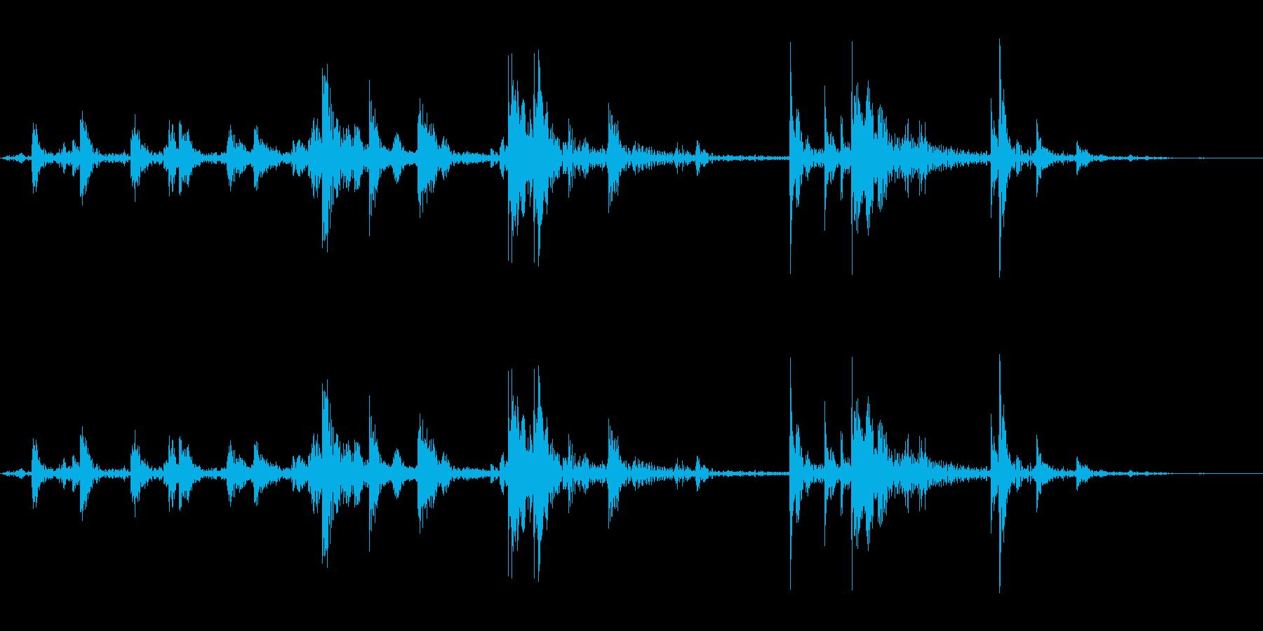 氷を入れる音_2(カランカラン)の再生済みの波形