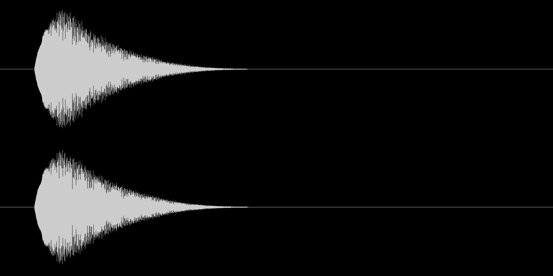 短いボタン音です。エラーボタンなど、否…の未再生の波形