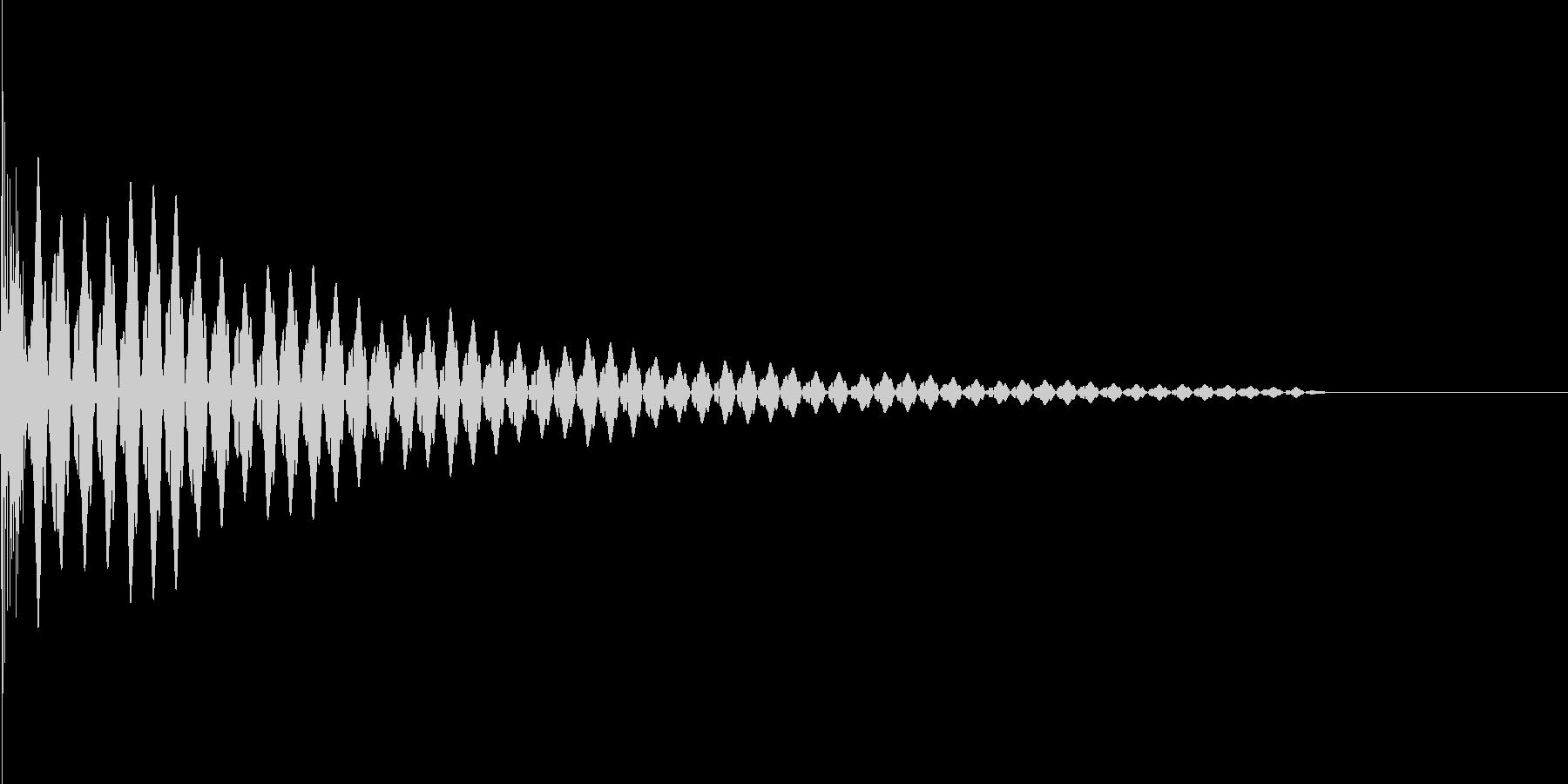 パチッ(TVやモニターを消す時などに)の未再生の波形