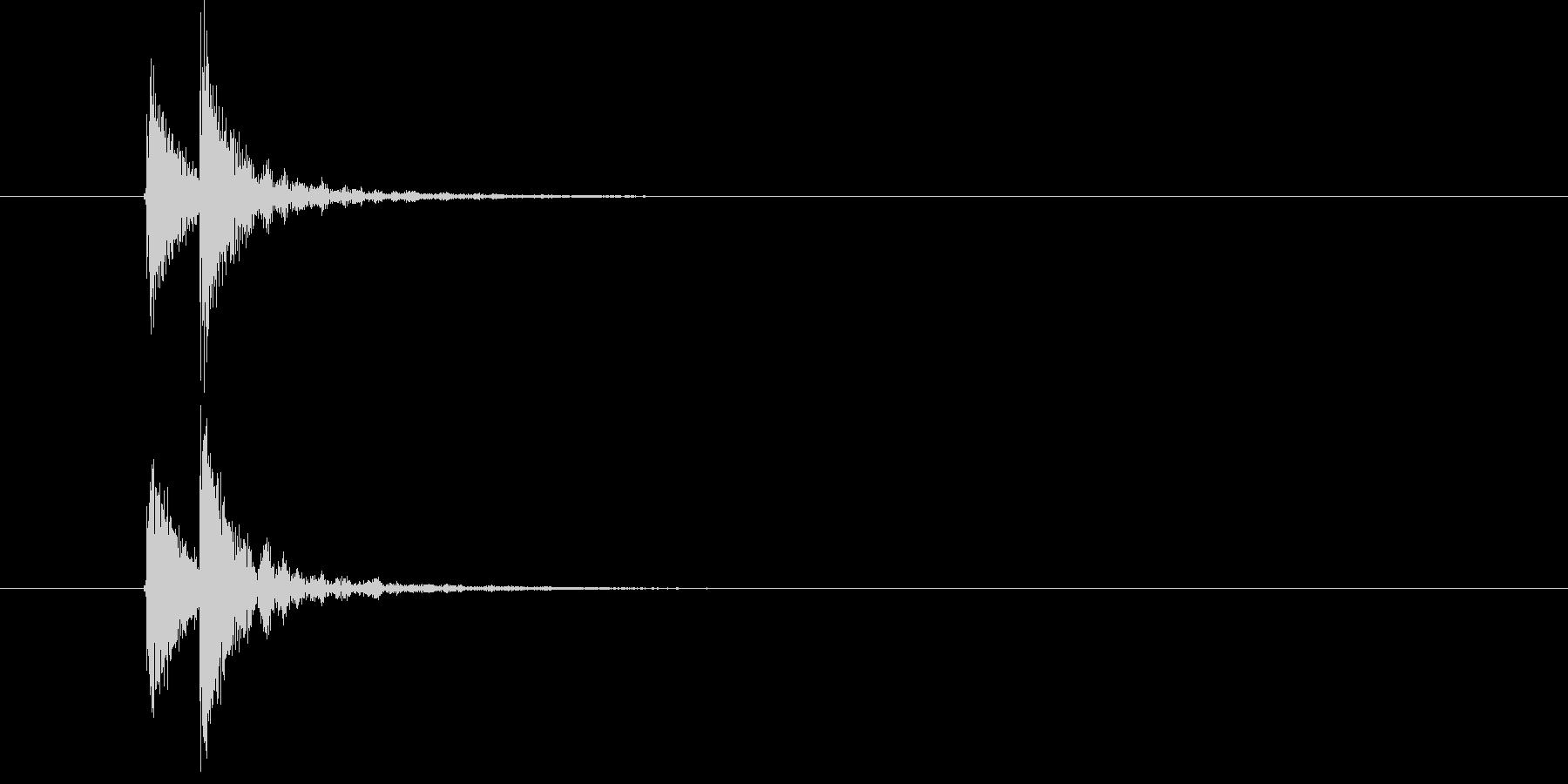 「ドドン(和太鼓)」の未再生の波形