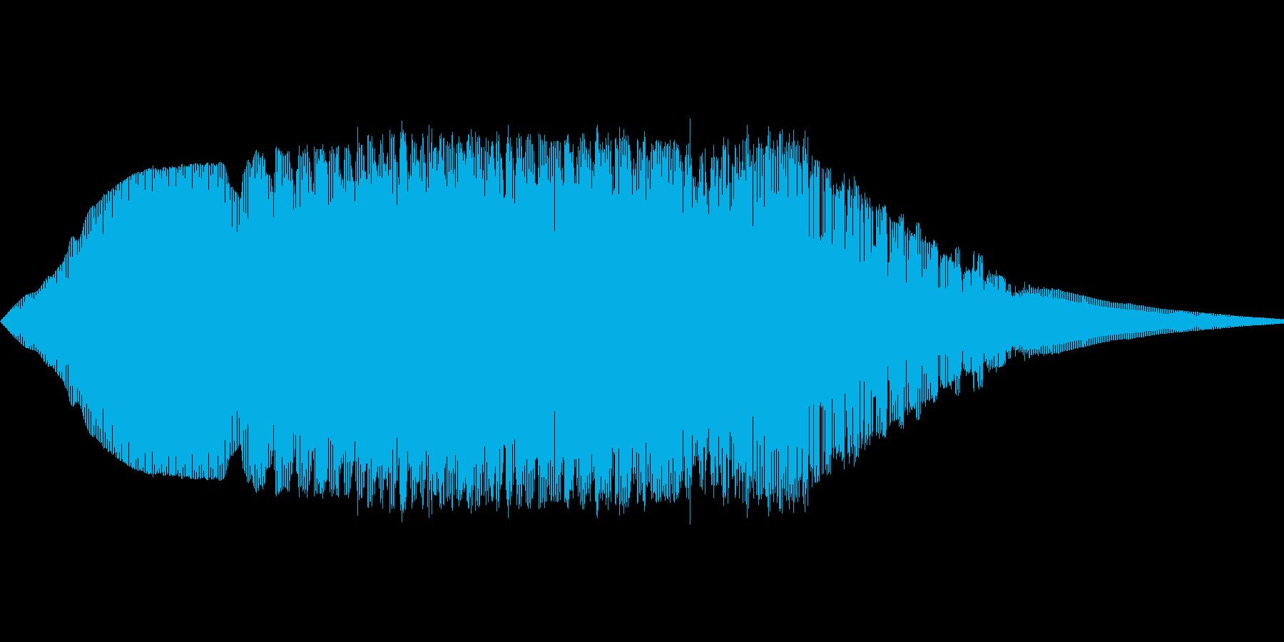 きしむ音(鉄の扉など)の再生済みの波形