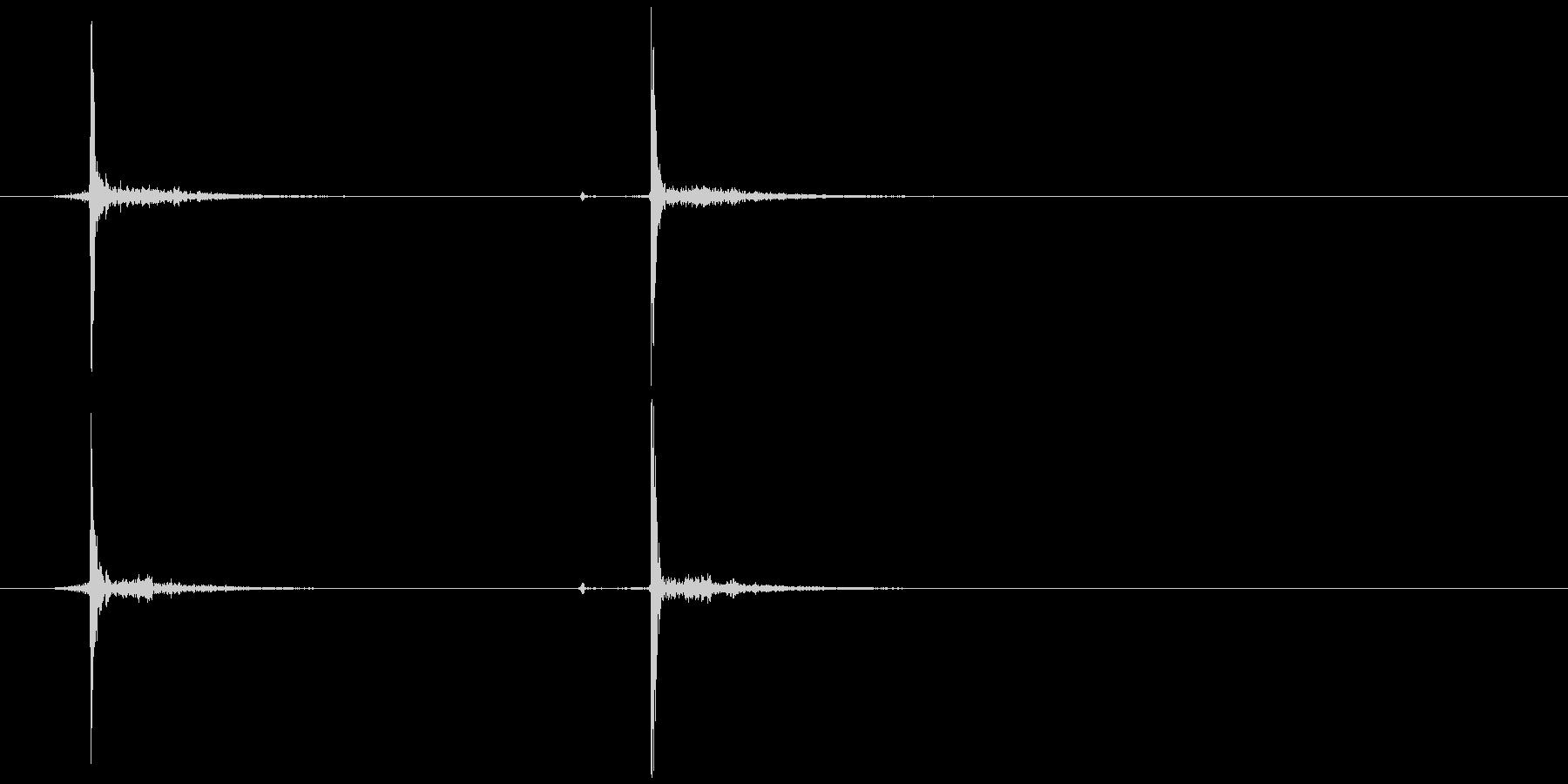 ボールペン (ノック ゆっくり)カチャッの未再生の波形