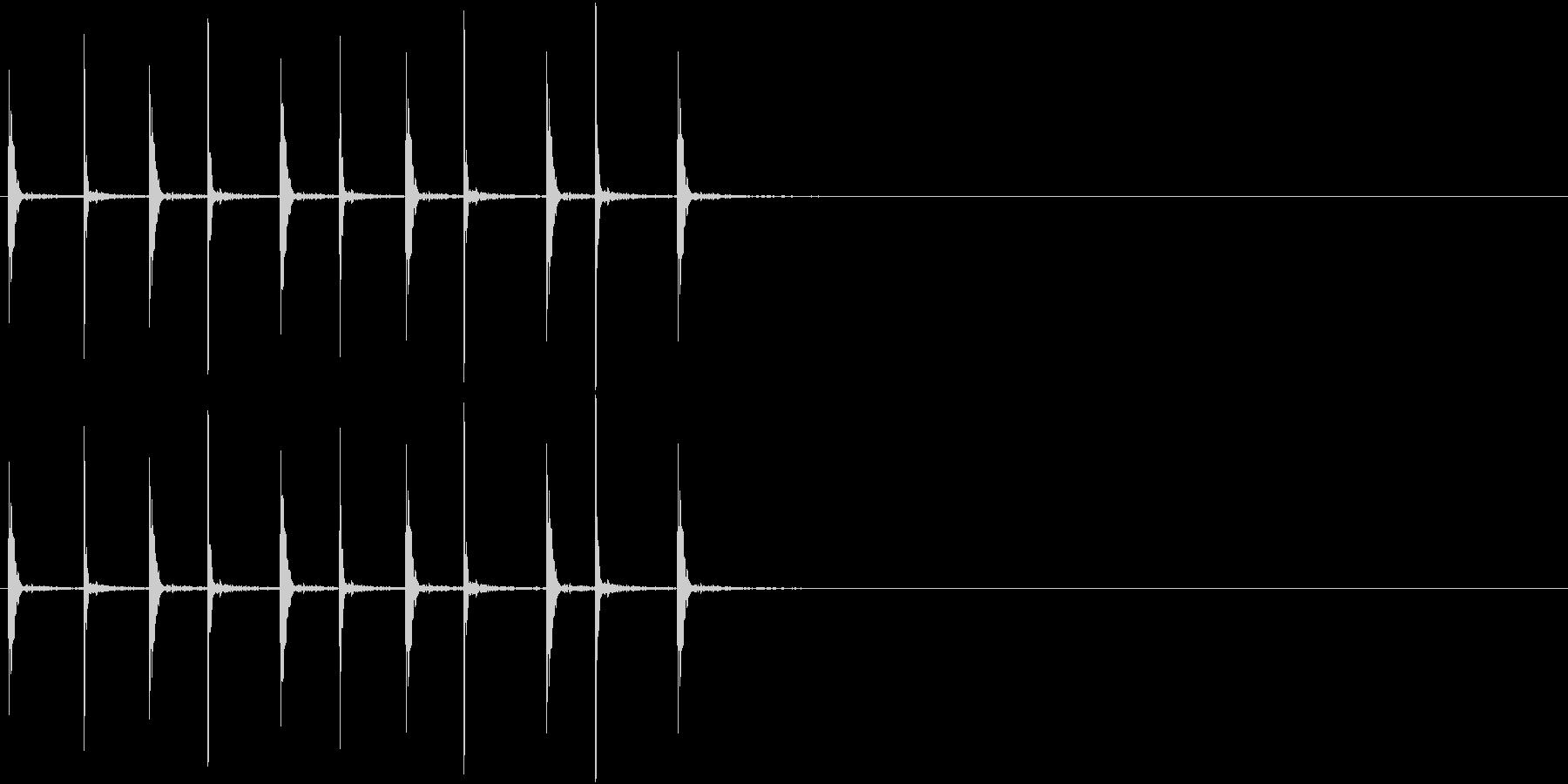 音侍SE「トンテン・・」連打した石と石の未再生の波形
