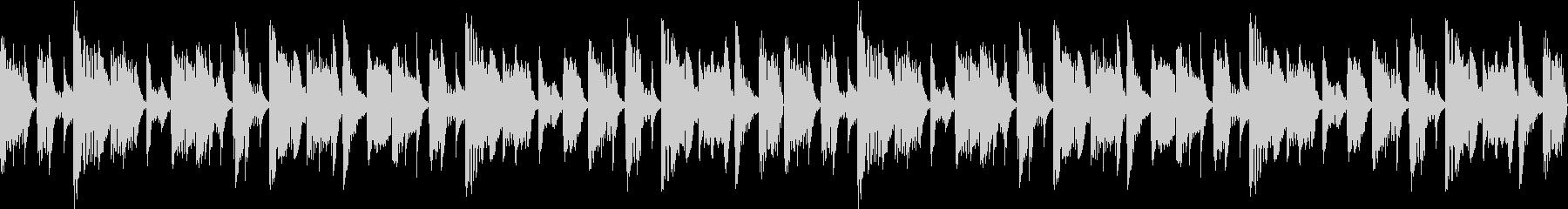 うねりのあるベースが印象的なBGMの未再生の波形