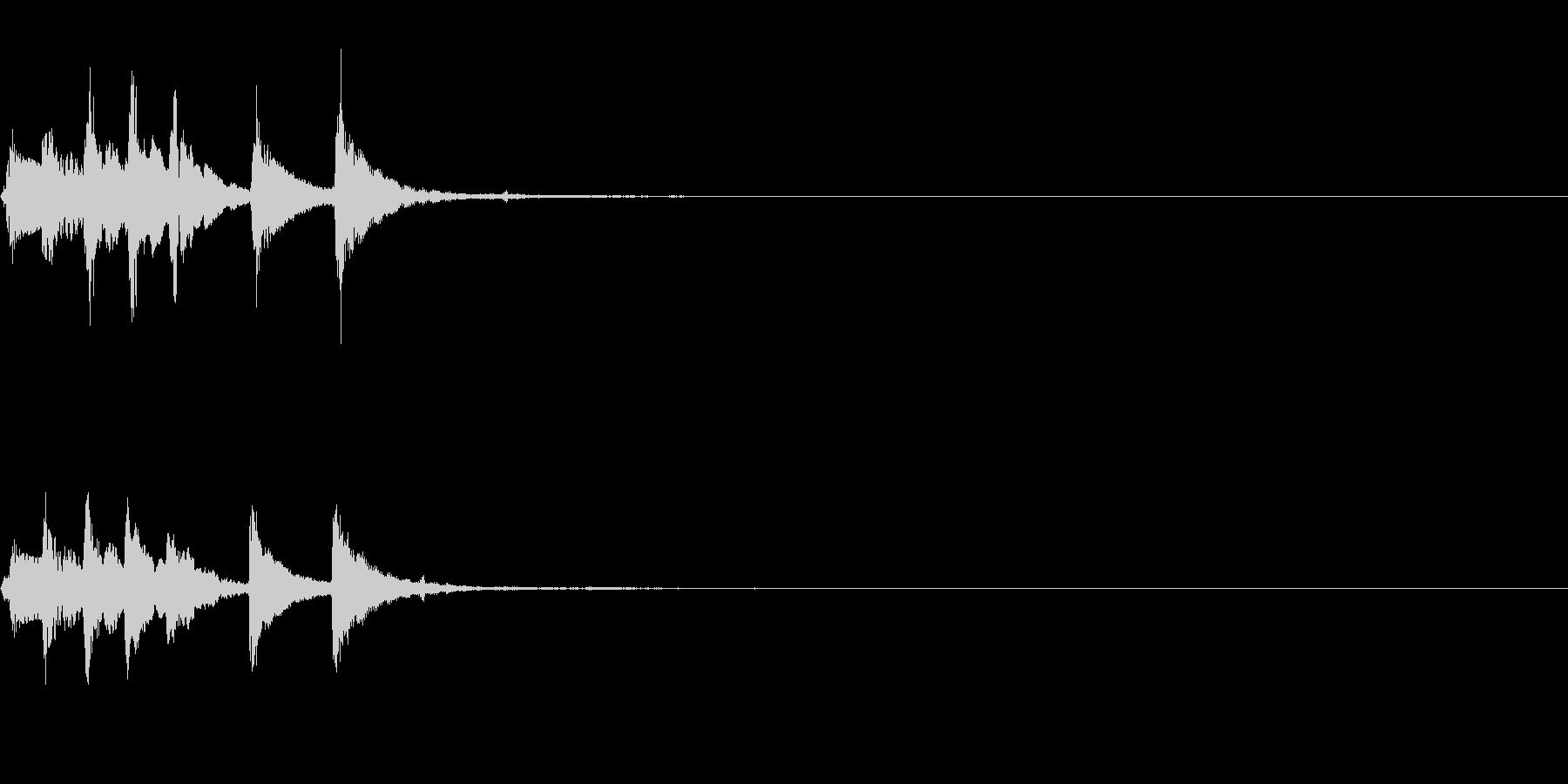 場面転換用~明るいマリンバのフレーズ~の未再生の波形