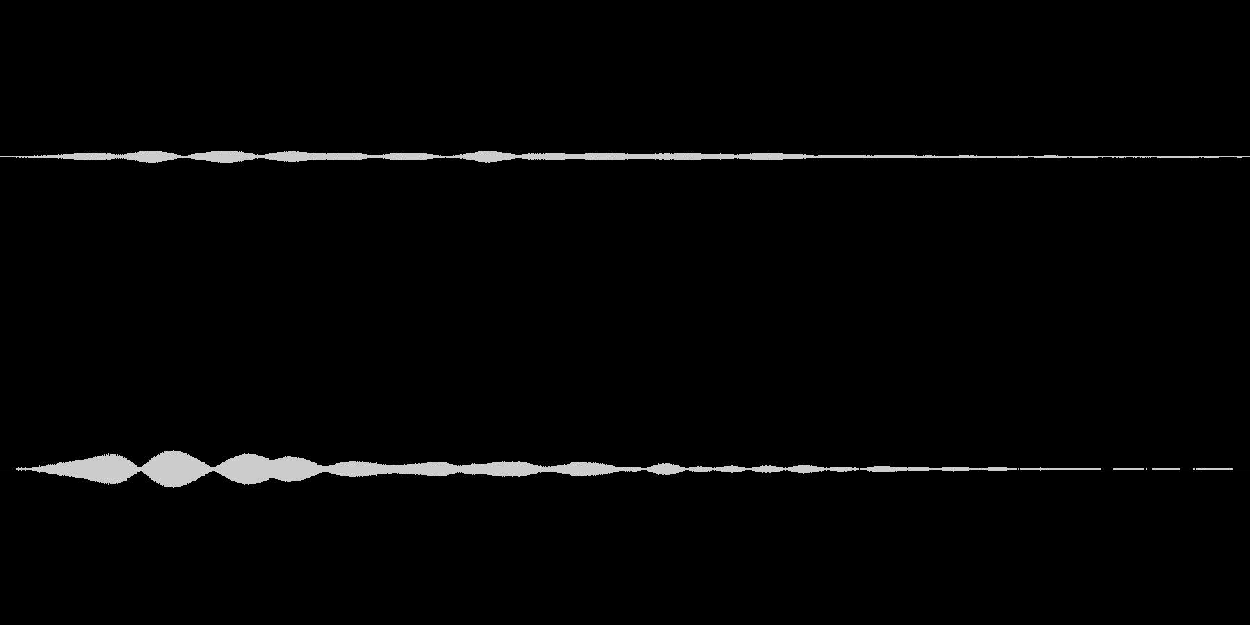 キーン、カーンという効果音の未再生の波形