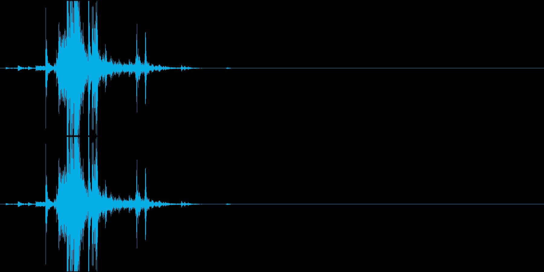 Key 鍵(キーホルダーごと)を置く音の再生済みの波形