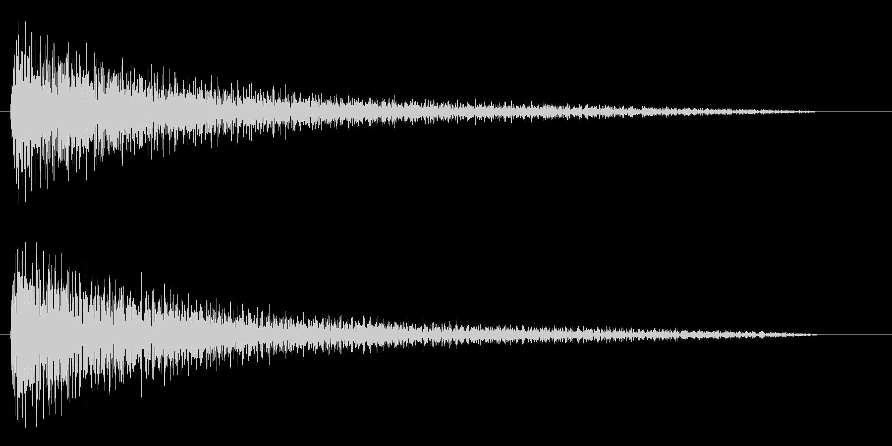 ガーンと言うショックなピアノ効果音低音の未再生の波形