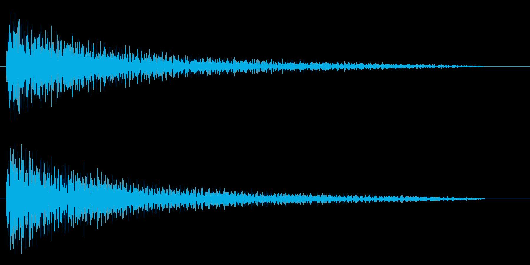 ガーンと言うショックなピアノ効果音低音の再生済みの波形