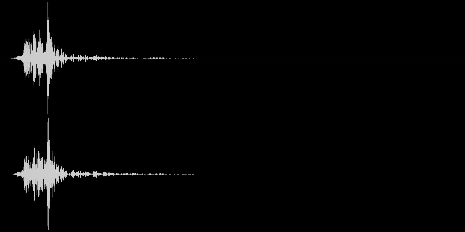 コンセント 抜く、挿す ズッ… 高めの未再生の波形